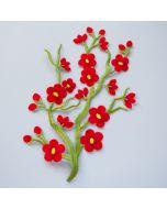 Stickerei Applikation (Spitze) mit rosafarbenen Blumenmotiven zum Aufbügeln. Für Jeans, Kleider, Taschen oder Deko.