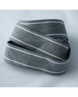 Flauschig weiches Gummiband für Unterhosen - der Gummi ist 3.5cm breit, graumelange mit weissen Streifen.