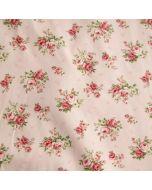 Jersey Stoff in rosa it feinen Rosenmotiven für Damenbekleidung und Unterwäsche.