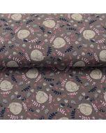 Sommersweat (French Terry) Stoff in taupe mit schlafenden Eichhörnchen-Motiven für Hoodies, Pullis, warme Leggings.