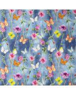 Leichter Popeline Stoff aus Baumwolle in graublau mit bunten, kleinen Schmetterlingsmuster und Kleeblumen-Muster für Bekleidung und Deko.