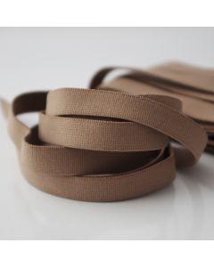 Weiches, mittelstarkes Gummiband in dunkler Hautfarbe für Unterwäsche, Tanzbekleidung, Badeanzüge oder hautenge Oberbekleidung