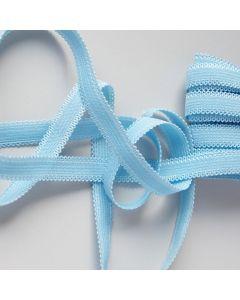 Gummiband mit zwei Schmuckkanten in hellblau - 10mm breit.