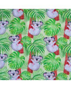 Bielastischer Sommersweat - French Terry Stoff in grün mit süssen Koala-Motiven für Kinderbekleidung.