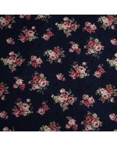 Bielastischer Jersey Stoff in dunkelblau mit feinem Rosenmuster in rosa und grün für Damenbekleidung und Unterwäsche.