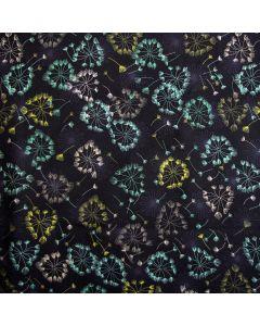 Bielastischer, weicher Jersey Stoff in dunkelblau mit Pusteblume-Muster in bunten Farben. Der Stoff ist perfekt für Bekleidung und Unterwäsche.