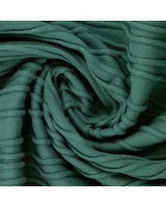 GOTS-zertifizierter Jersey Stoff in petrolblau, mit schmalen, kleinen Streifen in schwarz. Der Stoff ist bielastisch, weich, ideal für Bekleidung und Unterwäsche.
