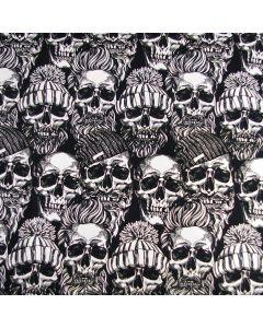 Lässiger French Terry Stoff in schwarz-weiss mit Hobo-Totenkopfmuster für Bekleidung und Deko.