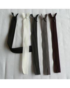 Nahtverdeckter Reissverschluss in 4 Längen und 5 Farben