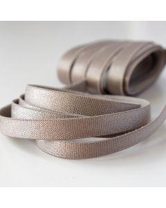 Elastisches, 10mm breites Trägergummiband für BHs und Tops in beige-taupe.