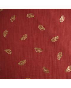 Musselin - Double Gauze Stoff in hennarot mit gold glänzenden Federmuster